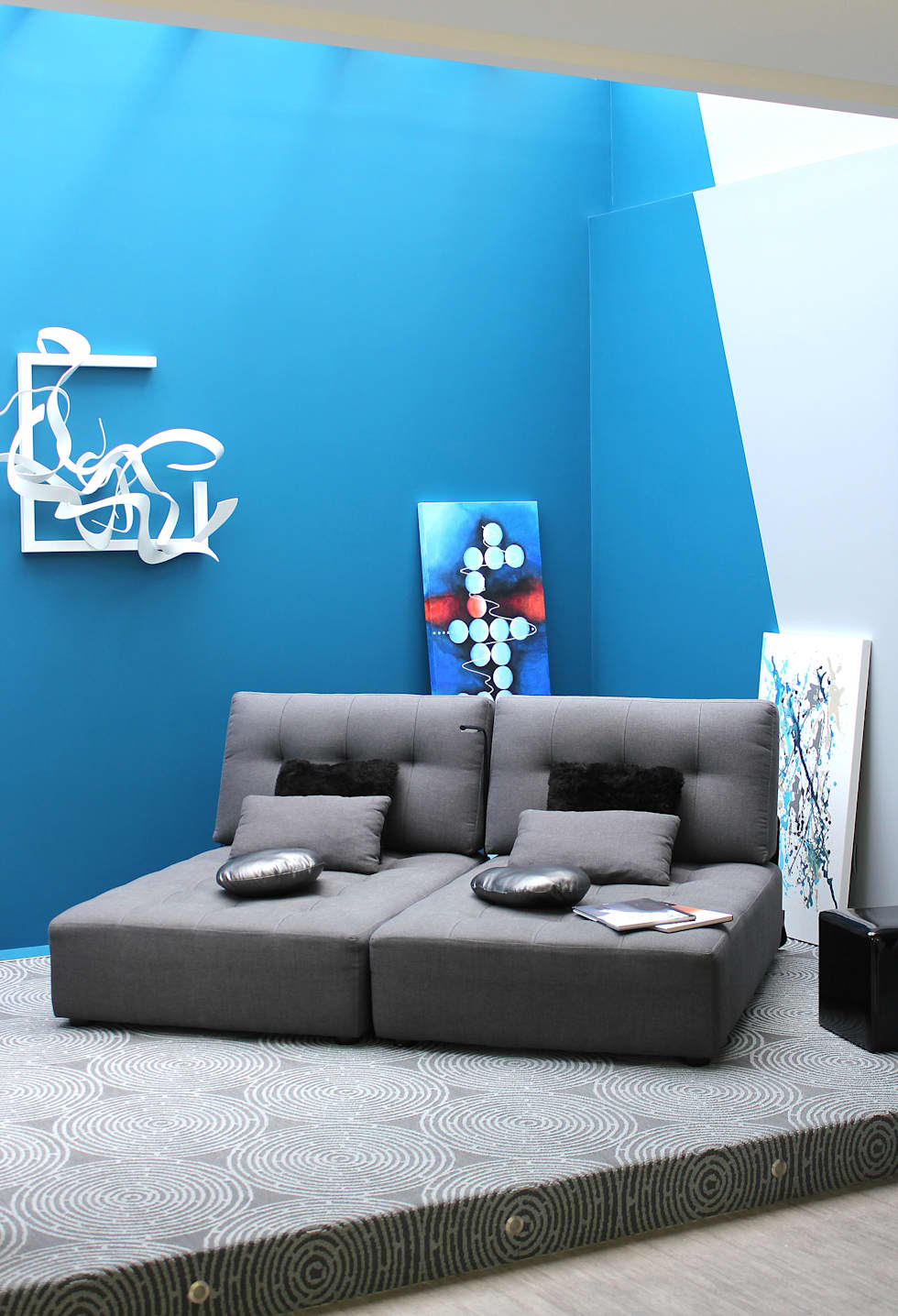 COIN LECTURE DANS LA VERRIERE: Salon de style de style Moderne par CTERRA - Crystelle Terrasson