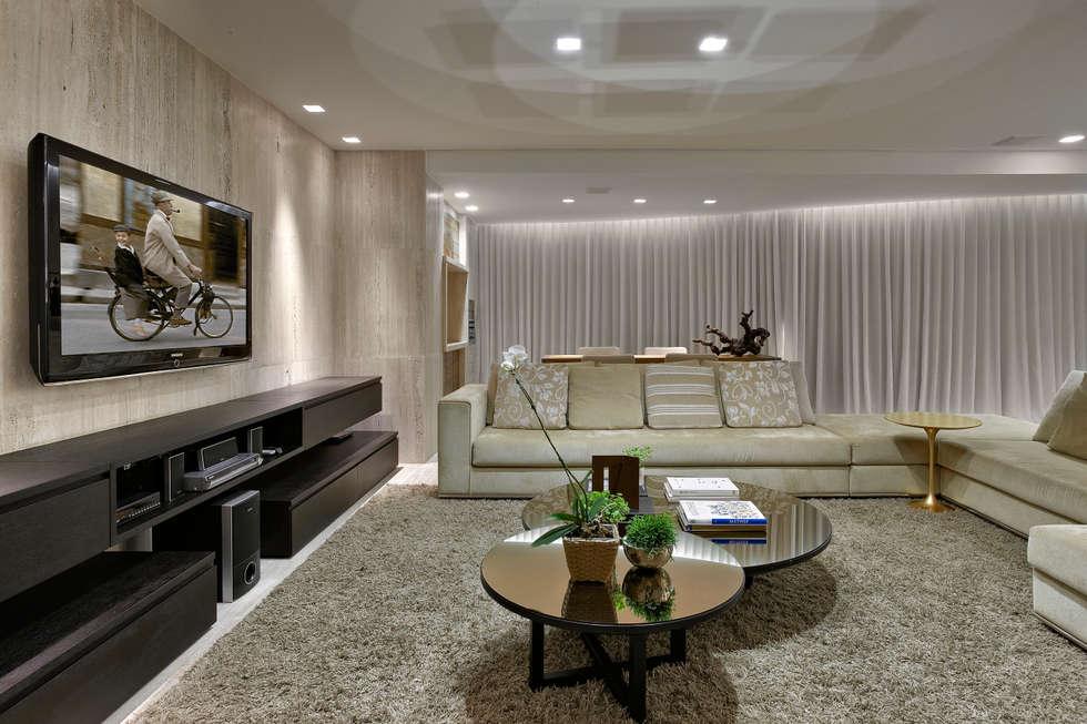 Salas de estar modernas por Fernanda Sperb Arquitetura e interiores