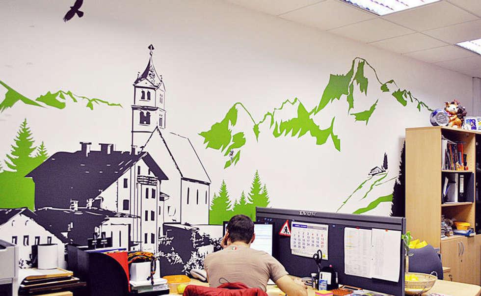 краже как украсить стену в офисе ремонт помещений полностью