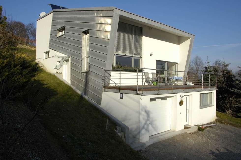 hanghaus sa 1 4 d ost ansicht klassische hauser von architope hanghauser holz