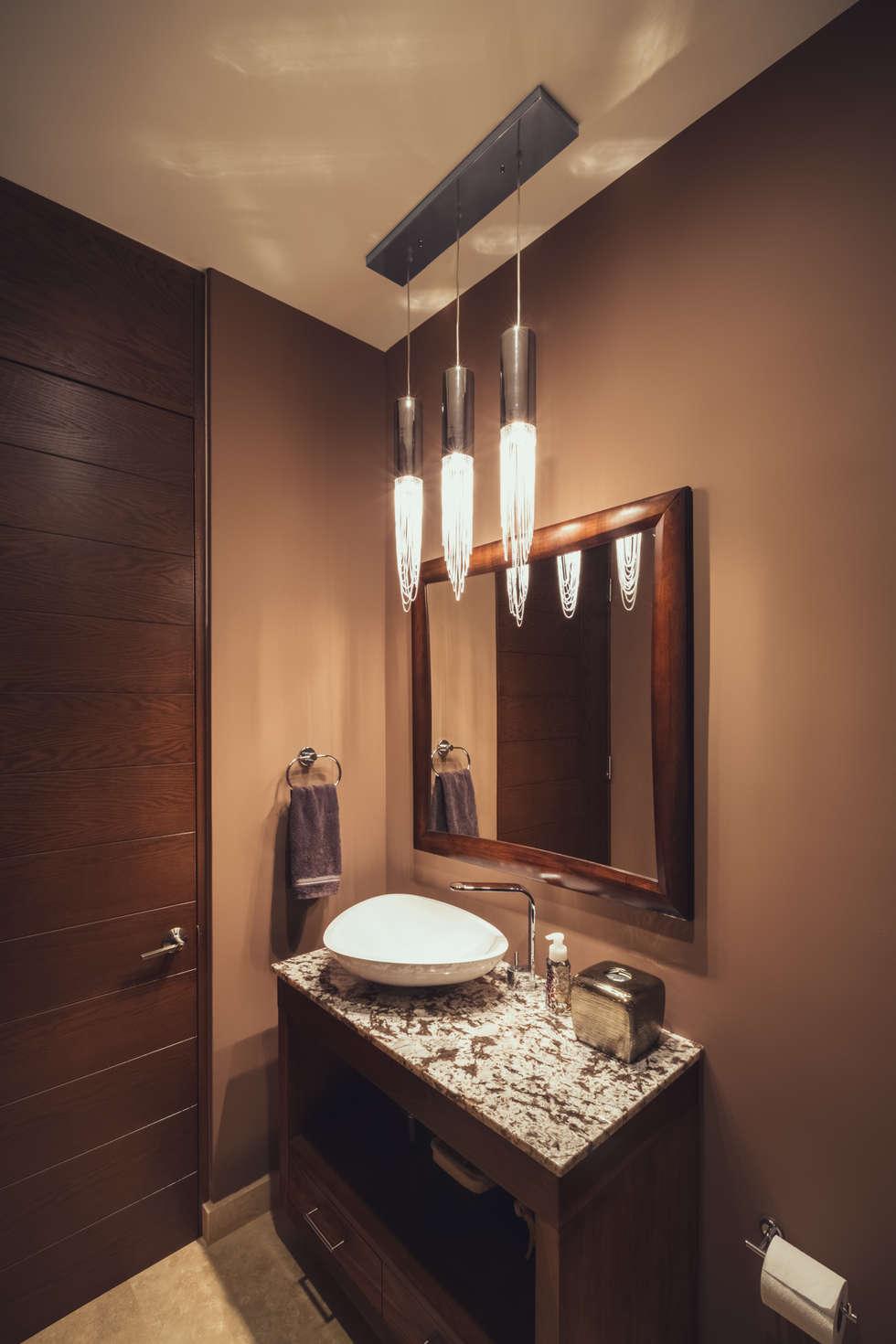 Residencia R53: Baños de estilo  por Imativa Arquitectos