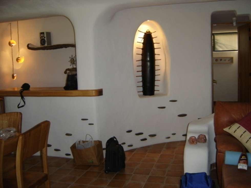 Pasillo interior de Casa: Pasillos y recibidores de estilo  por Cenquizqui