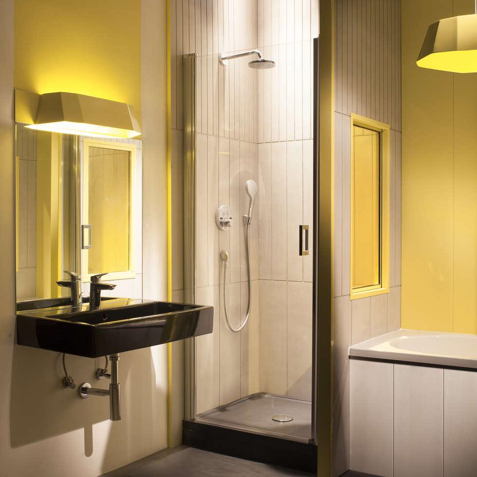 BerthelotBy®: Salle de bains de style  par Concrete LCDA