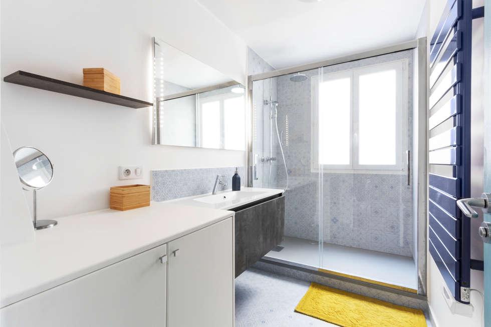 Salle de bain - Appartement industriel chic & moderne 55m2 - 75010 Paris: Salle de bains de style  par Espaces à Rêver