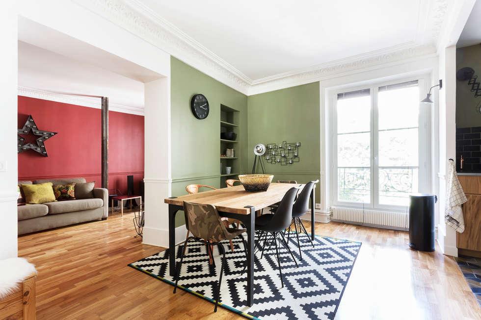 Pièce à vivre : salle à manger et cuisine - Appartement industriel chic & moderne 55m2 - 75010 Paris: Salle à manger de style de style Industriel par Espaces à Rêver