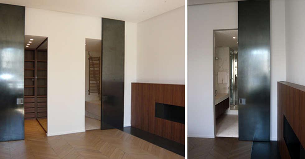 PARIS  GRENELLE: Salle de bains de style  par KTL Interiors  by Kareen Trager-Lewis