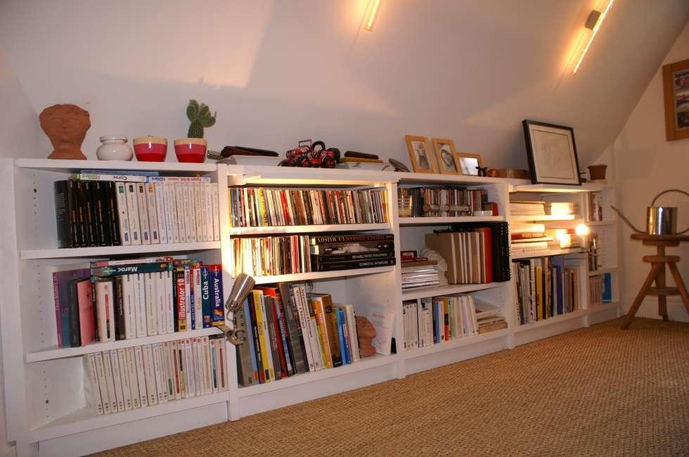 appartement parisien pour jeune couple paris 2e chambre de style de style moderne par atelier. Black Bedroom Furniture Sets. Home Design Ideas