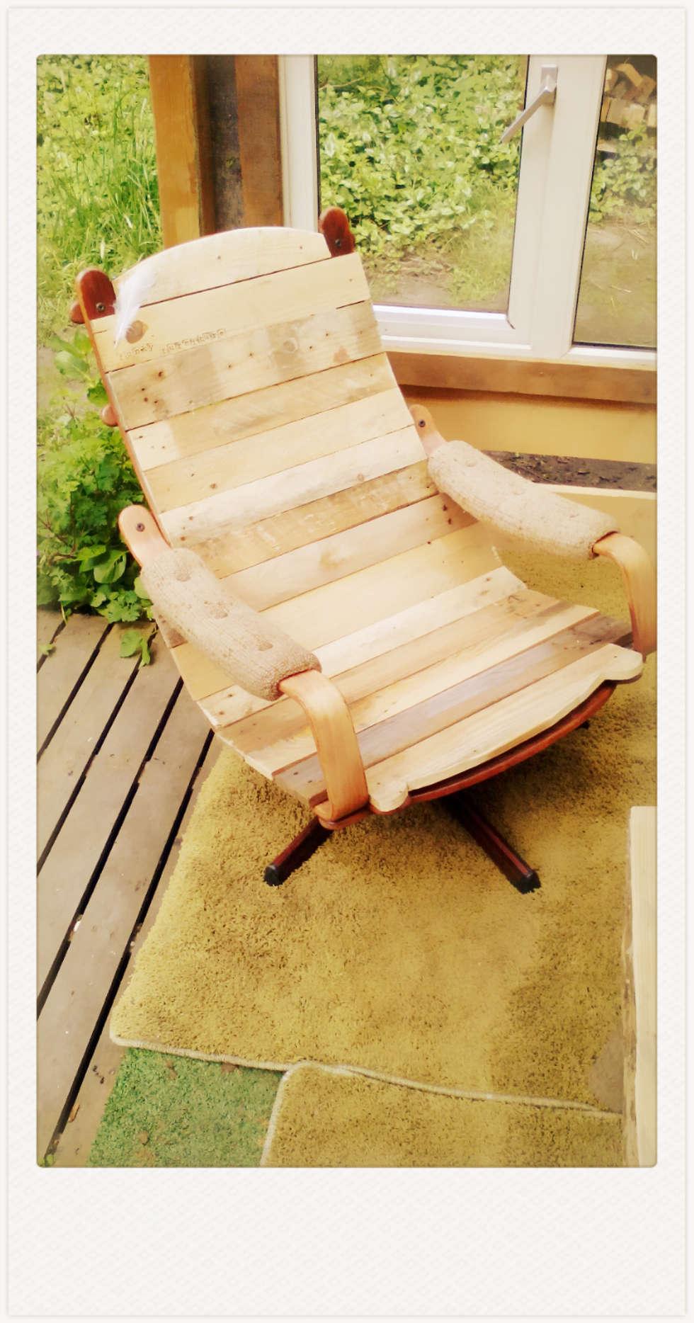 funky seat 1: industriële Woonkamer door Funky furniture