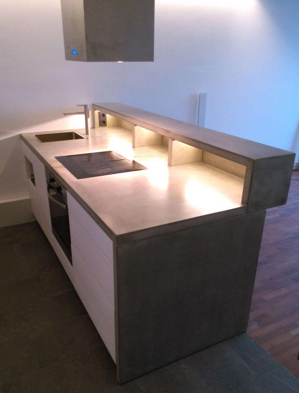Küchenarbeitsplatten aus glasfaser - beton: moderne küche von ...
