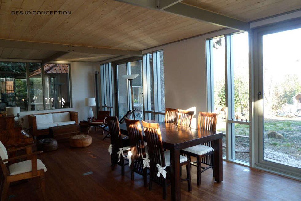 Salle à manger: Salle à manger de style de style Moderne par Desjoconception