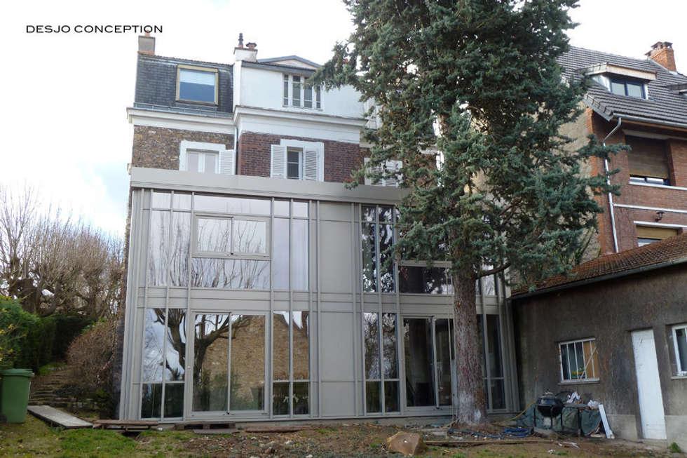 La maison agrandie: Terrasse de style  par Desjoconception