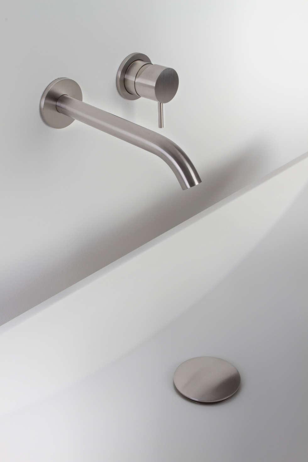 Serie Ego lavabo Incasso: Bagno in stile in stile Moderno di Perphorma Srl