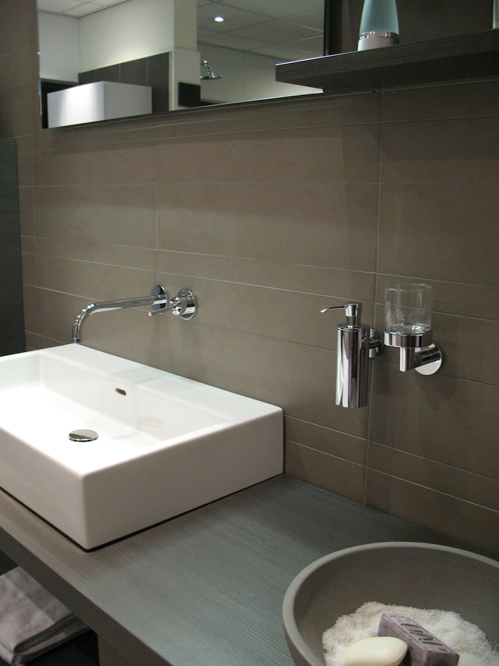 Am badkamers: modern tarz banyo | homify