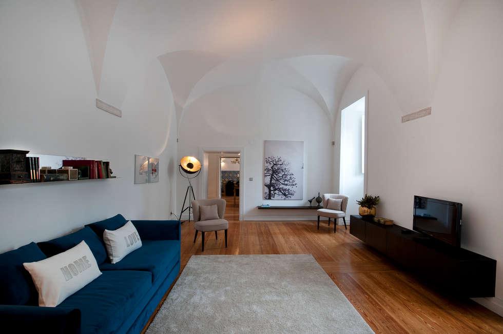 Sala: Salas de estar ecléticas por Home Staging Factory