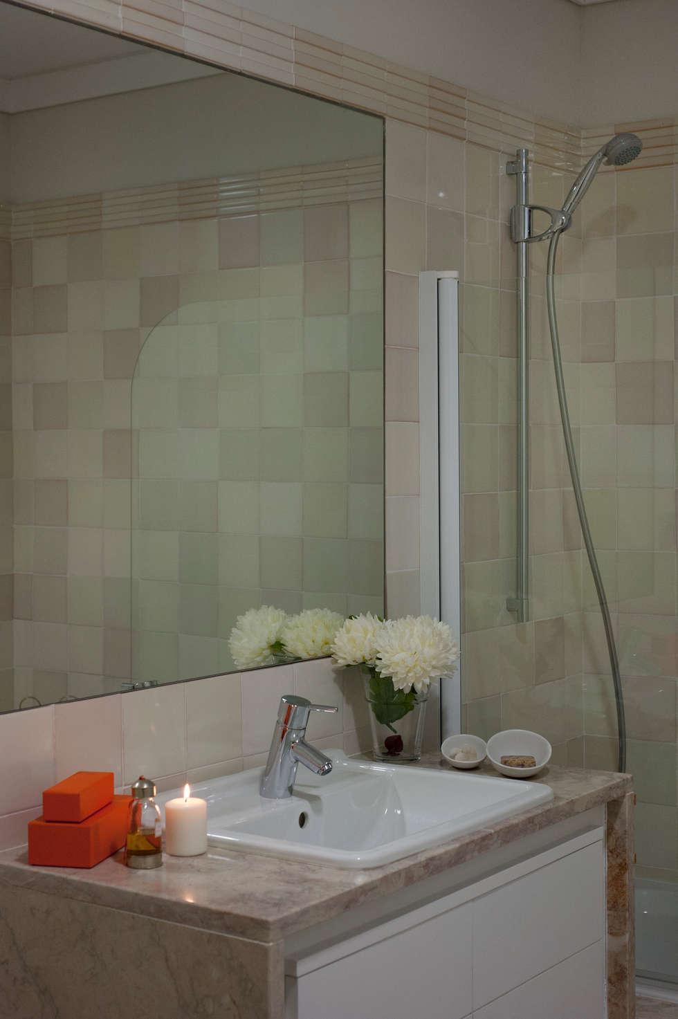 Casa de banho: Casas de banho modernas por Home Staging Factory