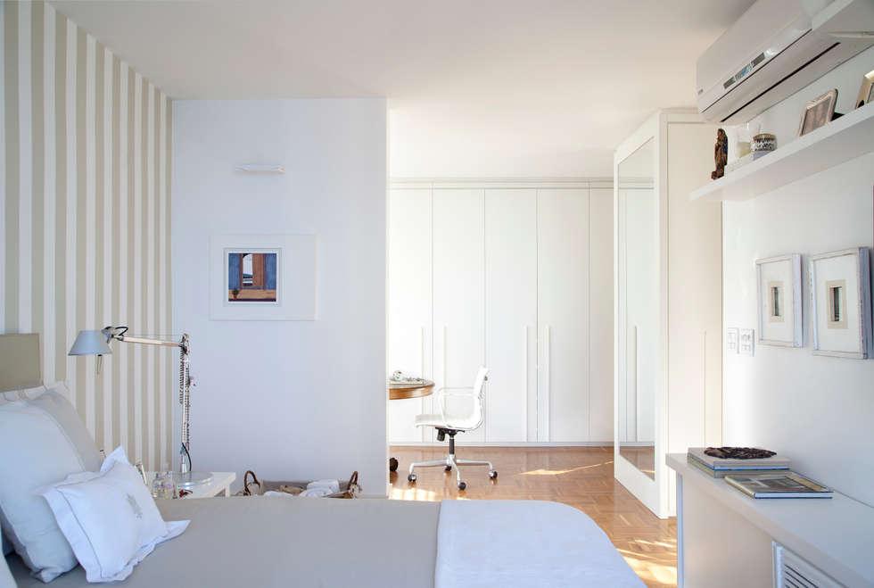 Suíte Master: Quartos  por Angela Medrado Arquitetura + Design