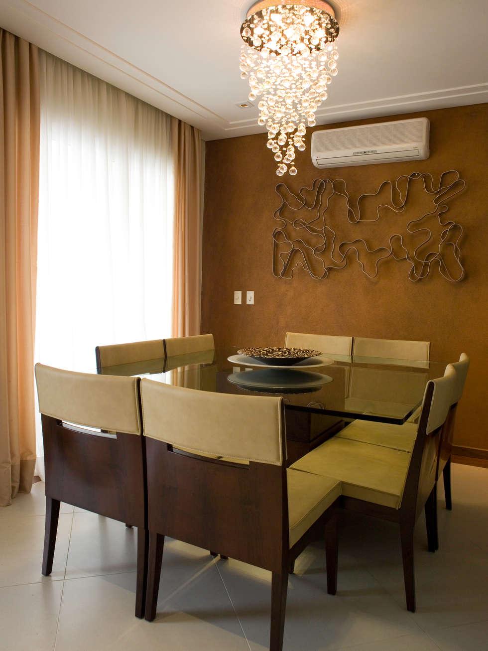 Sala de jantar: Salas de jantar clássicas por Flávia Brandão - arquitetura, interiores e obras