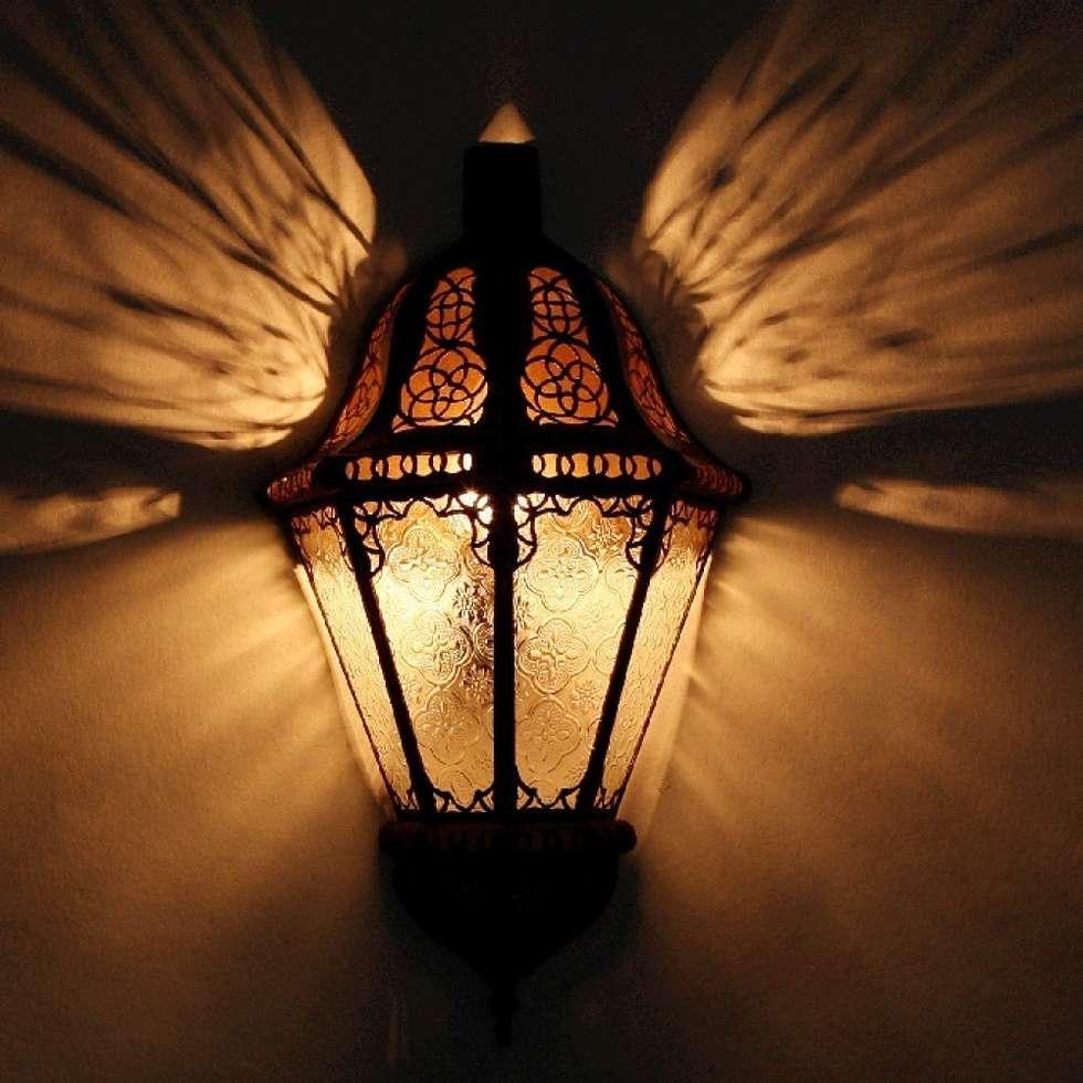Orientalna lampa ścienna BELUTI biała: styl , w kategorii Miejsca na imprezy zaprojektowany przez DomRustykalny.pl