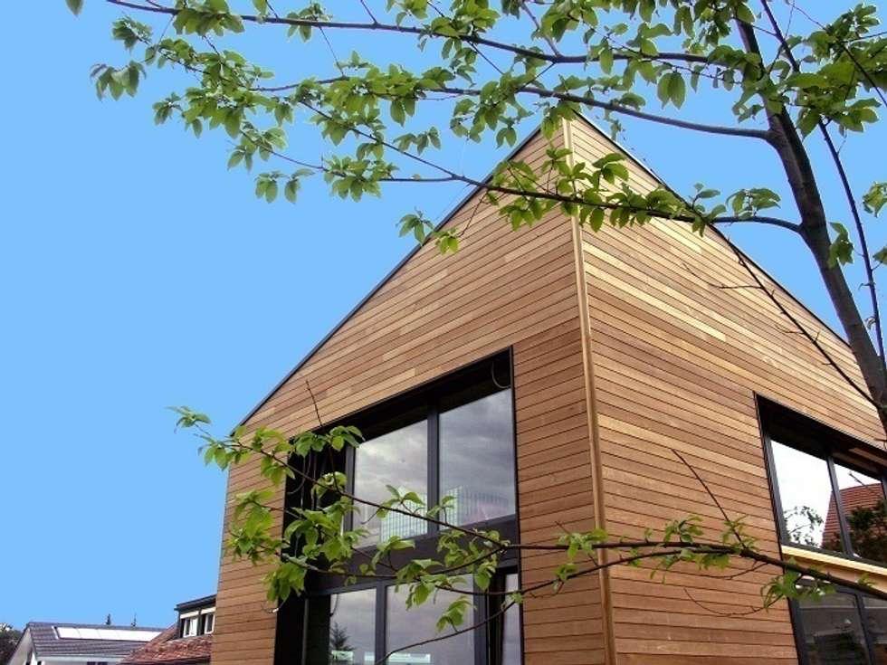 Façade principale: Maisons de style de style Moderne par ELEMENT 9