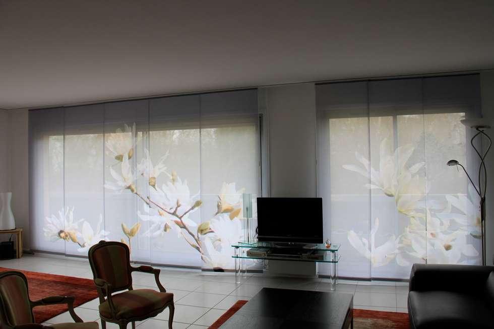 panneaux japonais magnolias: Fenêtres de style  par Arielle D Collection Maison