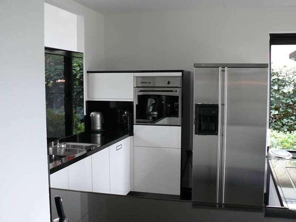 Keuken Moderne Zwart : Zwart wit keuken moderne keuken door dievorm b v homify