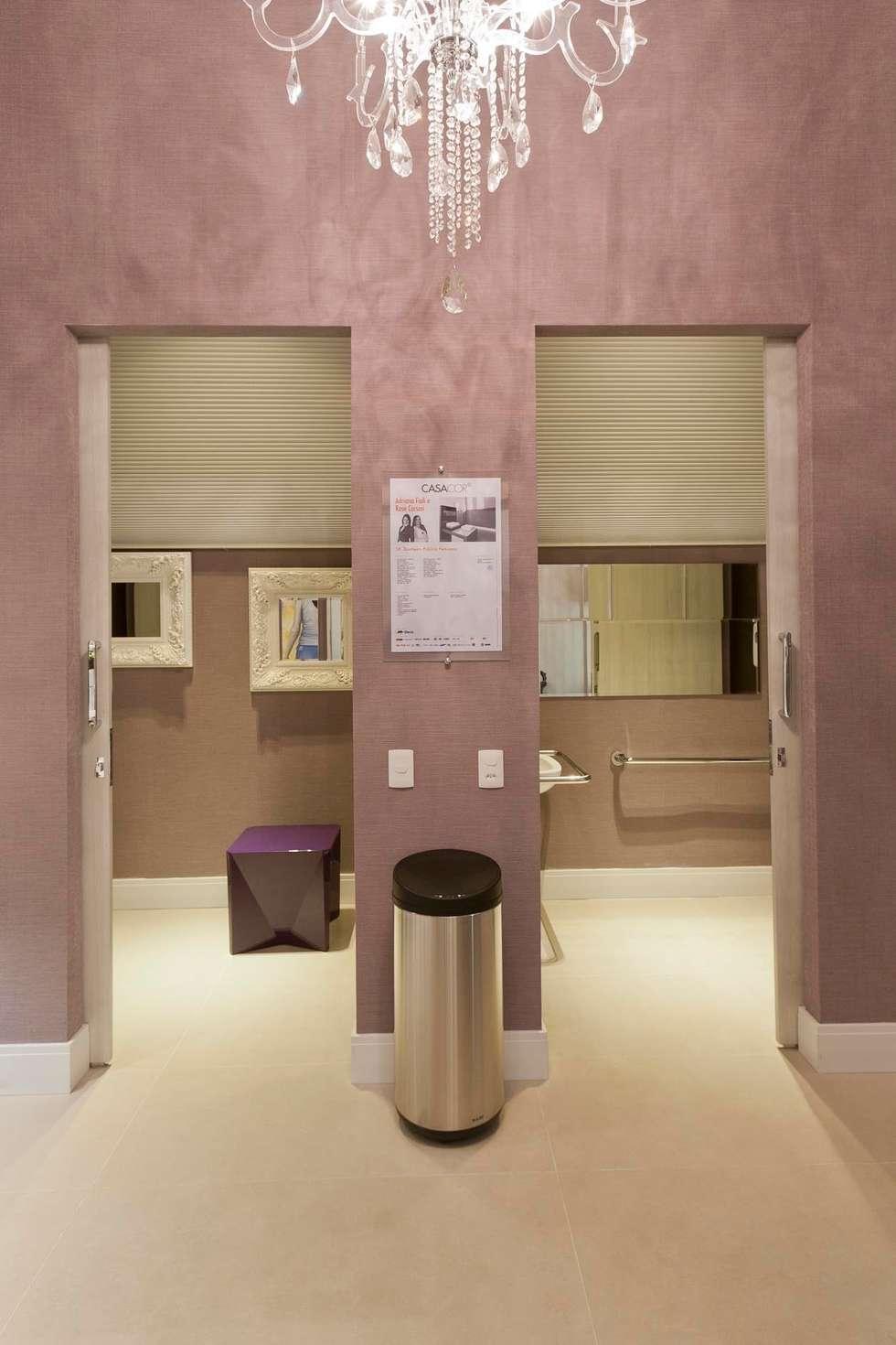 Banheiro Público Casa Cor São Paulo: Espaços comerciais  por  Adriana Fiali e Rose Corsini - FICODesign