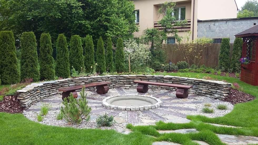 palenisko: styl , w kategorii Ogród zaprojektowany przez Zielony Architekt