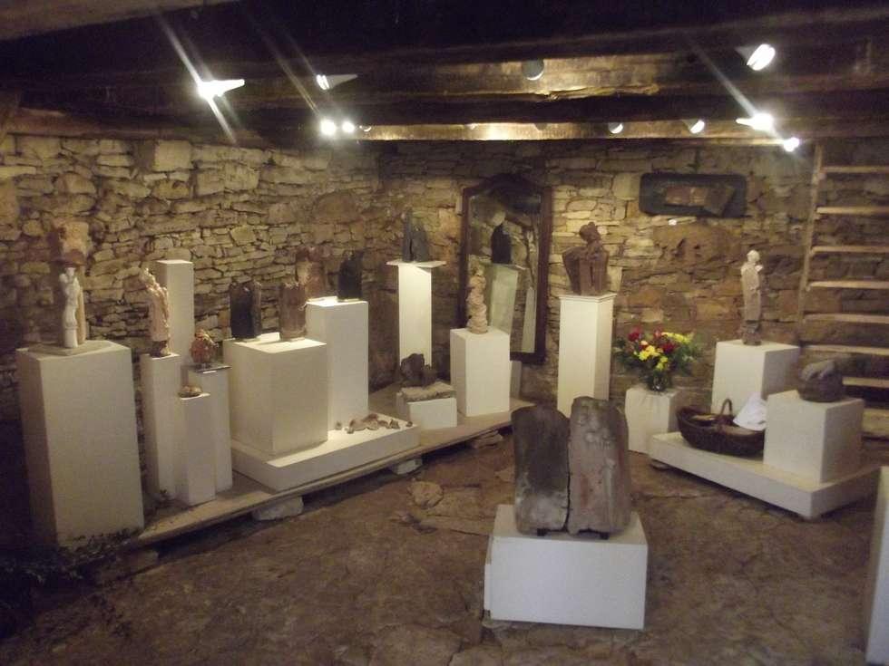 """Ma """"galerie"""": Maisons de style de stile Rural par Atelier de la Margelle"""