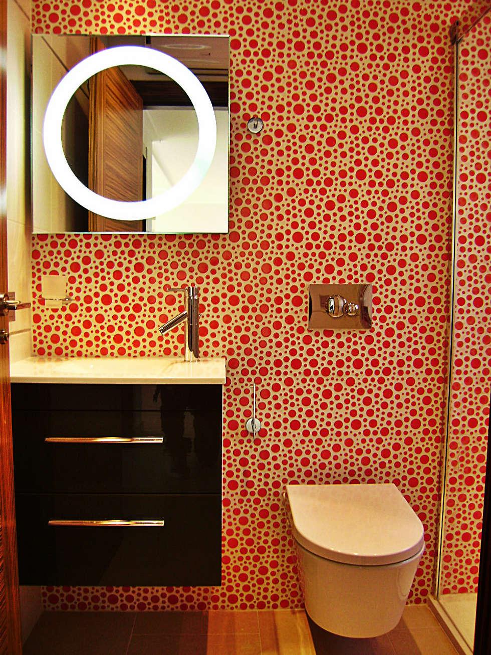 Aseo con ducha: Baños de estilo moderno de Mellini Internacional, S.L.