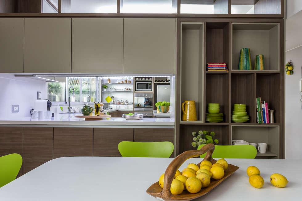 Cocinas de estilo moderno de gutman lehrer arquitectas for Cocina estilo moderno