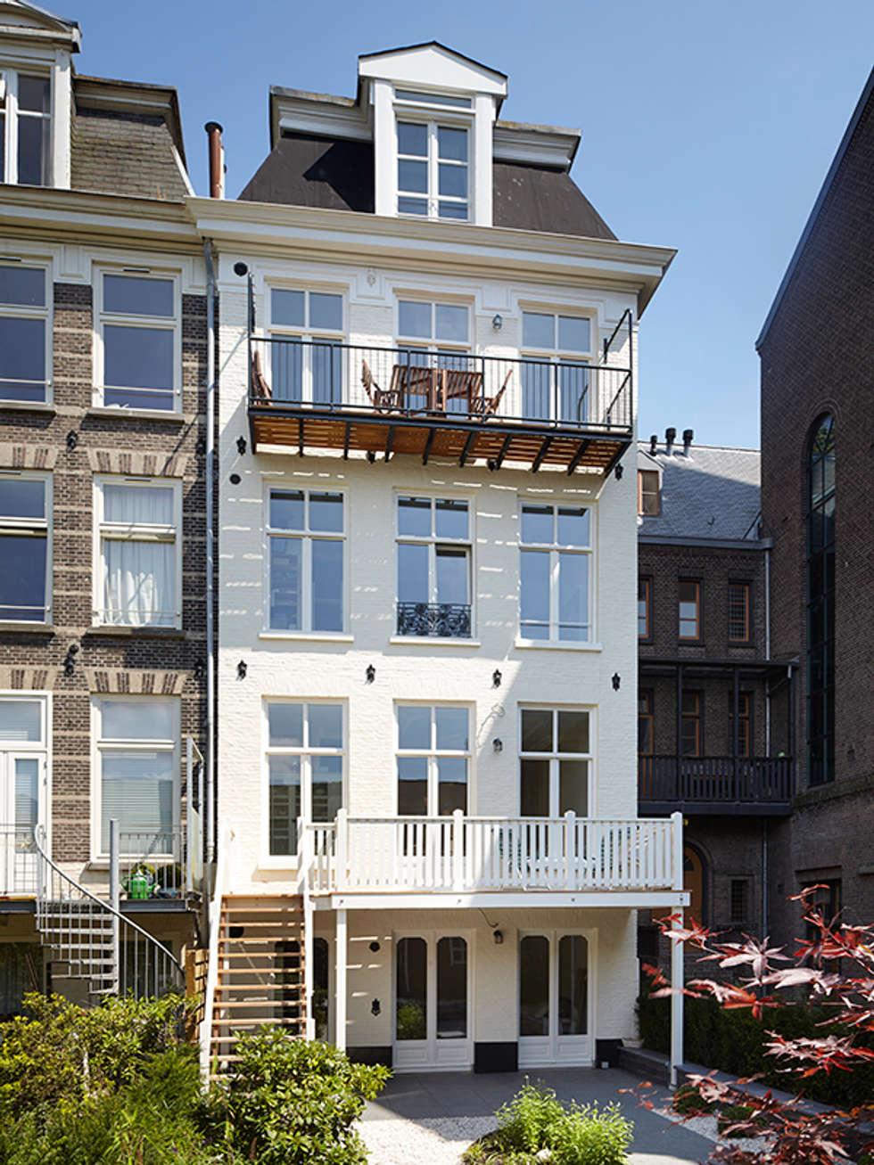 Achtergevel: klasieke Huizen door Lumen Architectuur