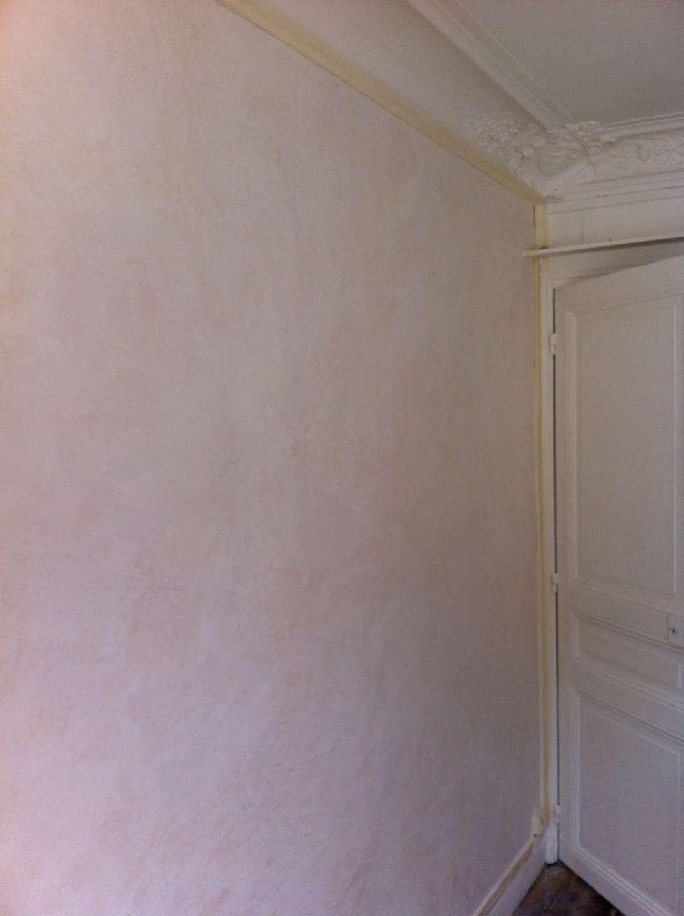 Peinture murale stucco simple la lumire circule dans - Peinture decorative stucco ...
