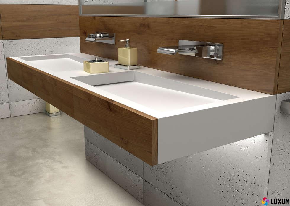 Łazienka od Luxum: styl , w kategorii Łazienka zaprojektowany przez Luxum