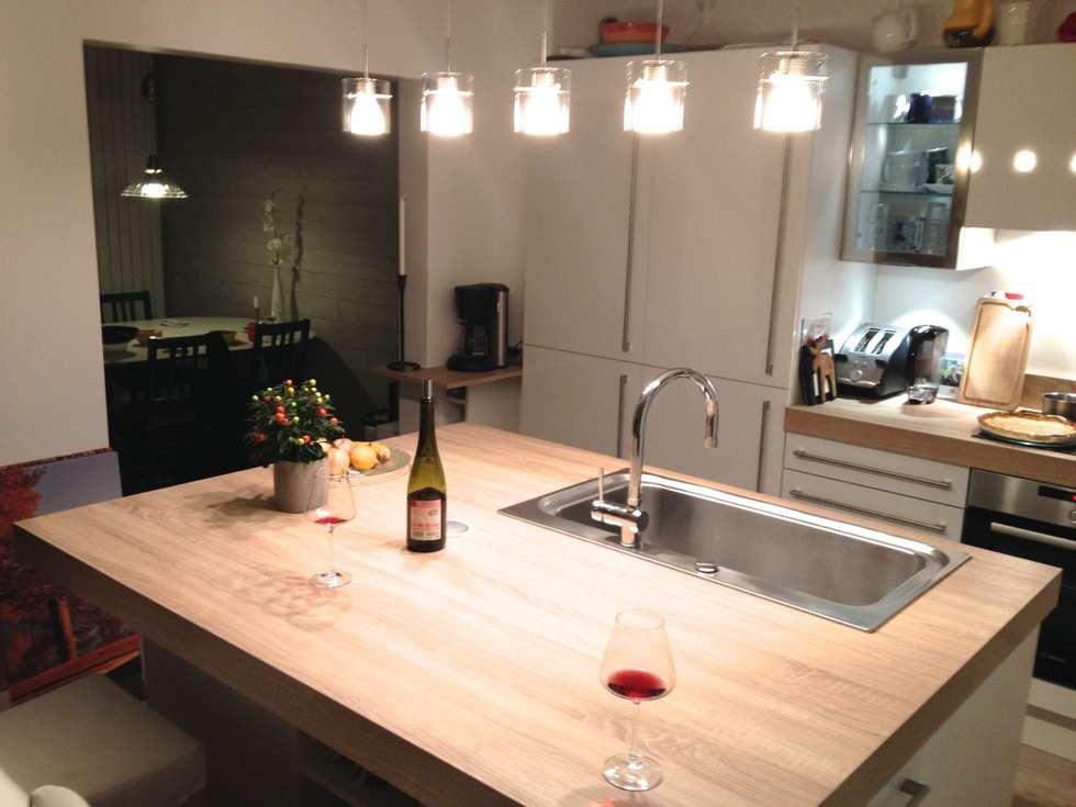 Large baie ouverte sur la salle à manger: Cuisine de style de style Scandinave par Art'Home