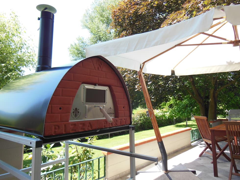 Forno Pizza Party Pizzone: il forno a legna da 4 pizze: Giardino in stile in stile Rustico di Pizza Party