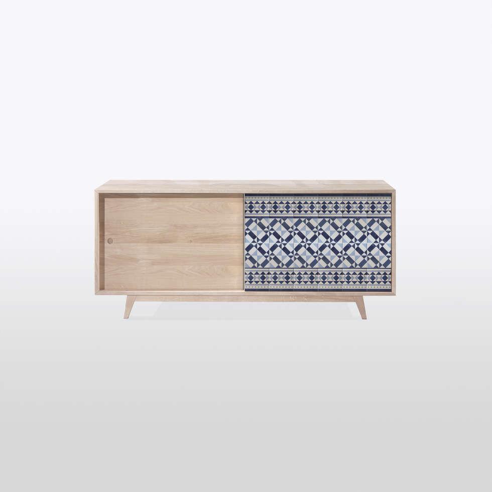 commode portes coulissantes maison de style par mon entr e homify. Black Bedroom Furniture Sets. Home Design Ideas