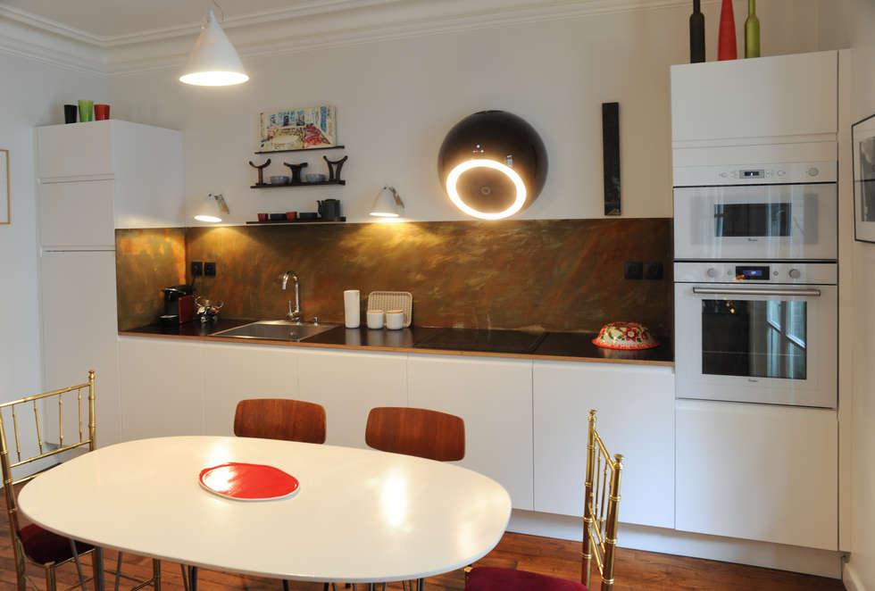 Cuisine ouverte : Cuisine de style de style Moderne par Sara Camus Bouanha Architecture Interieure