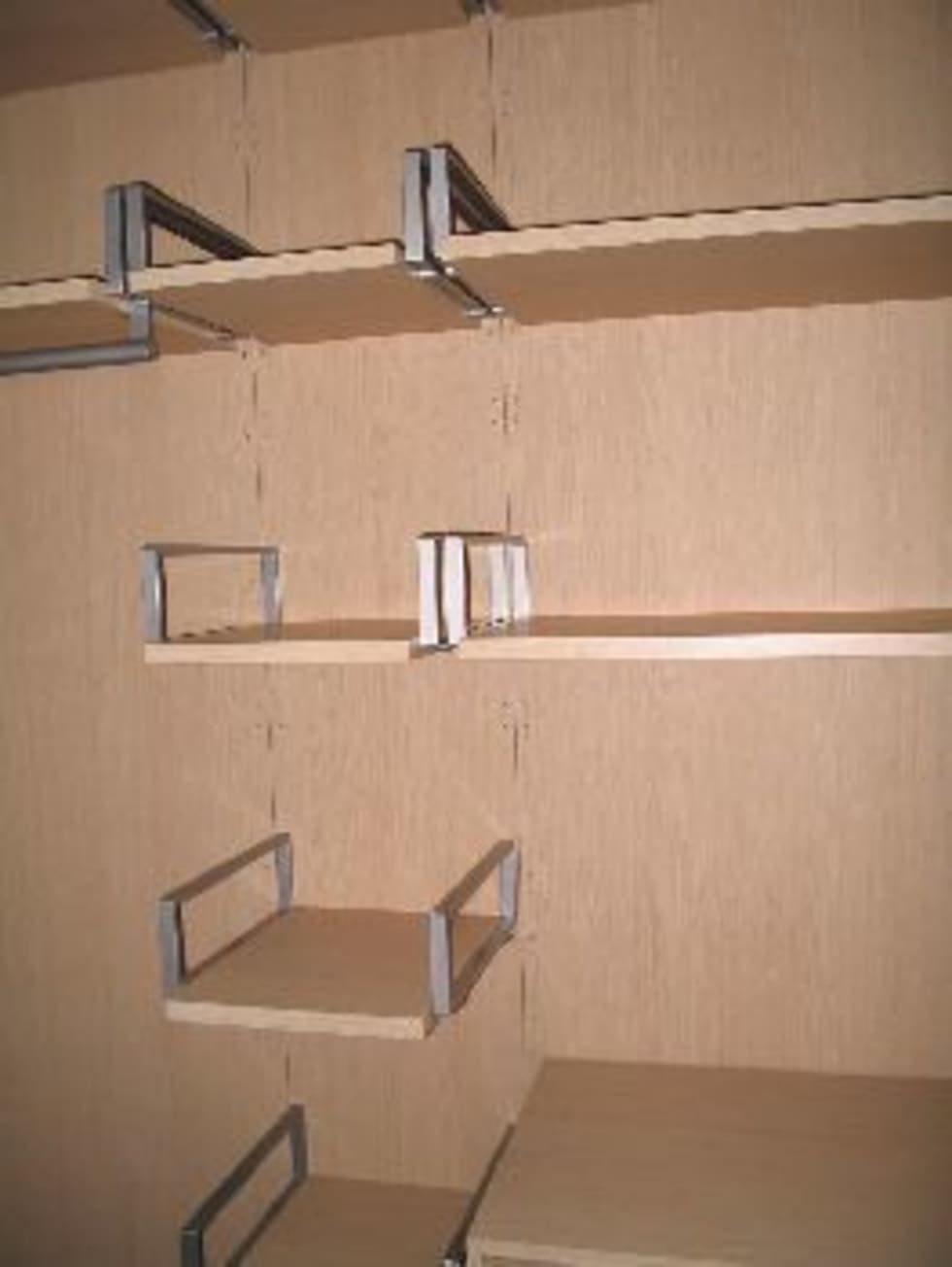 Cabina armadio: Spogliatoio in stile  di Anna Leone Architetto Home Stager