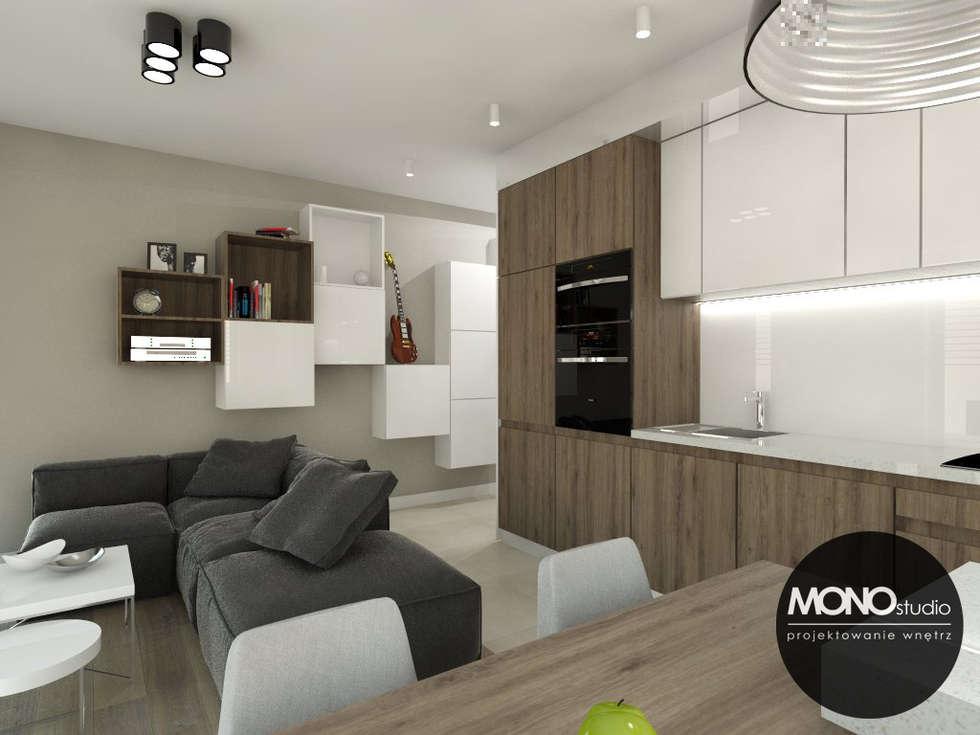 Mała ale przestronna kawalerka: styl , w kategorii Kuchnia zaprojektowany przez MONOstudio