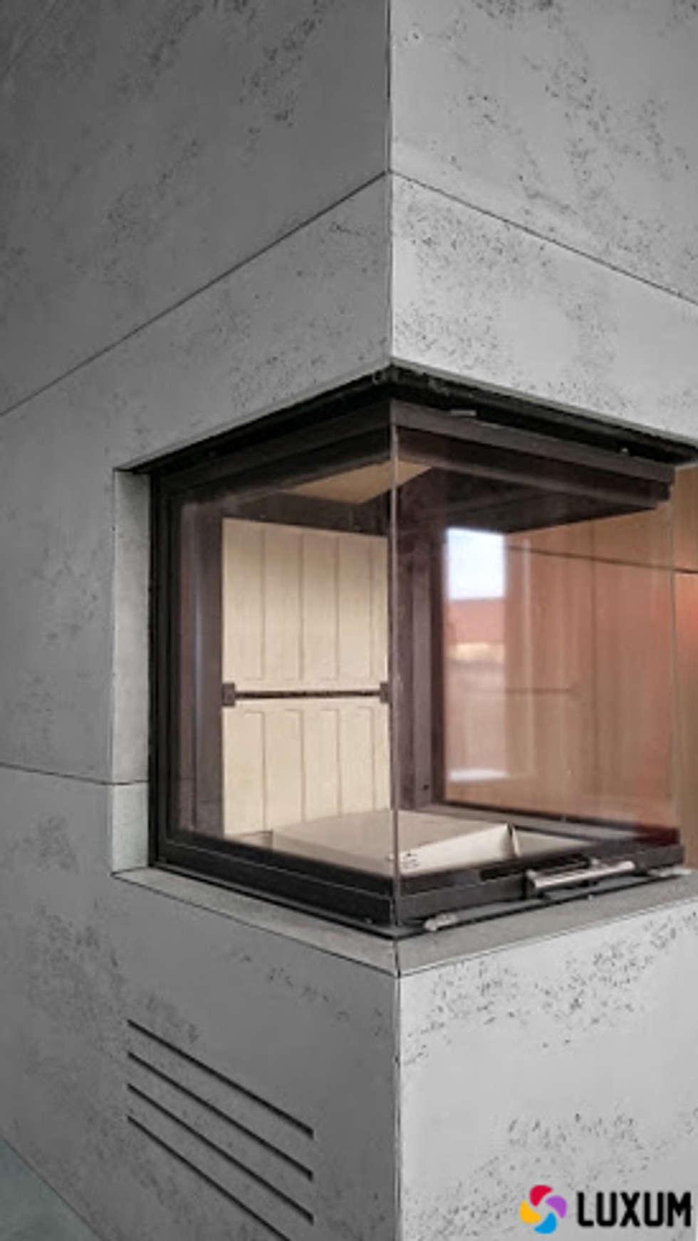 Płyty z betonu od Luxum: styl , w kategorii Salon zaprojektowany przez Luxum
