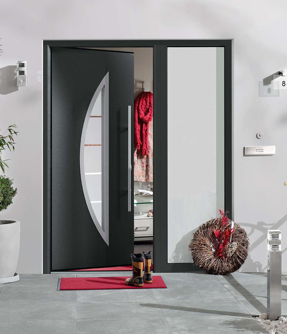 Porte d'entrée ThermoPro Plus Motif 900: Portes d'entrée de style  par HORMANN