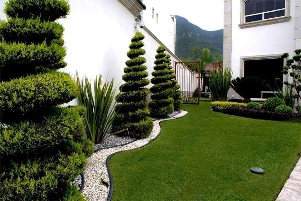 Residencial la herradura jardines de estilo minimalista por ingarden homify - Separador jardin ...