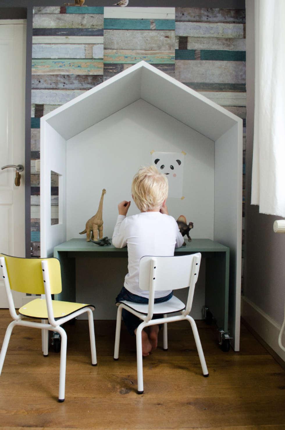 Bureautje bedhuisje: landelijke Kinderkamer door Boefjesfabriek