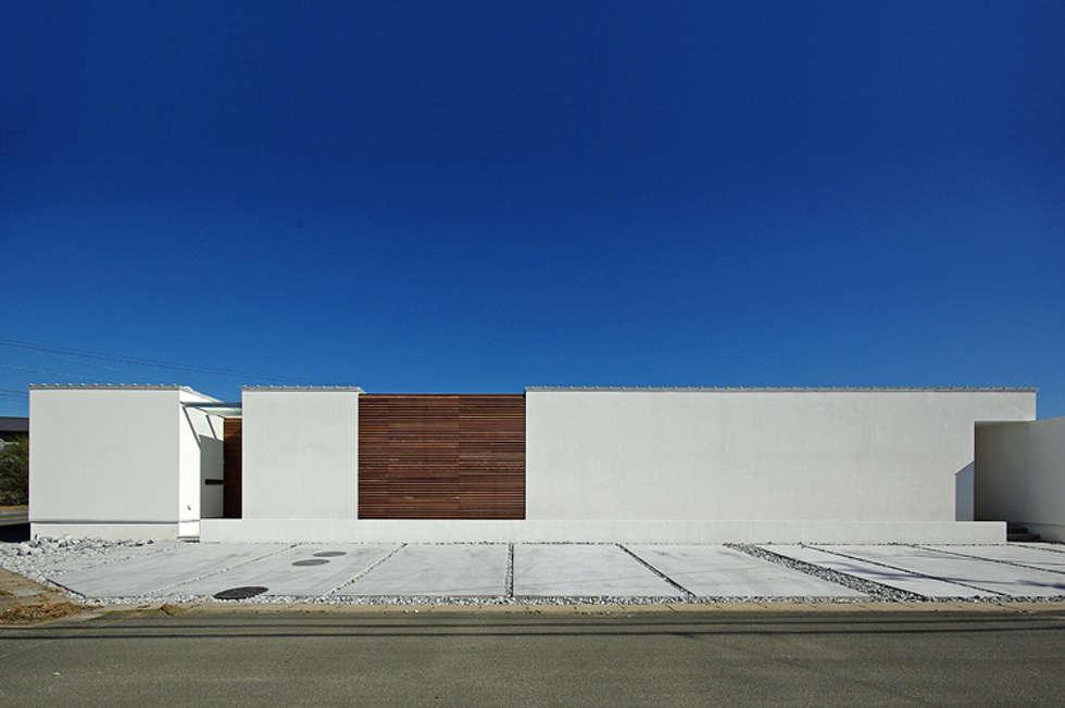 平尾の家: 空間建築-傳 一級建築士事務所が手掛けた家です。