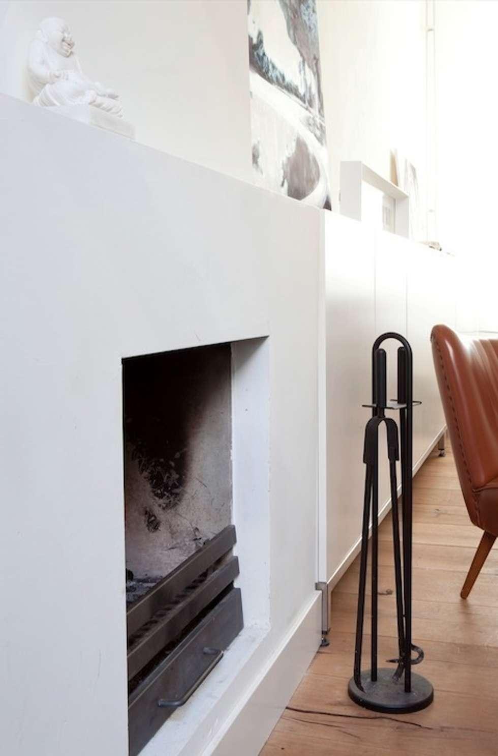 Woonkamer: moderne Woonkamer door ontwerpplek, interieurarchitectuur