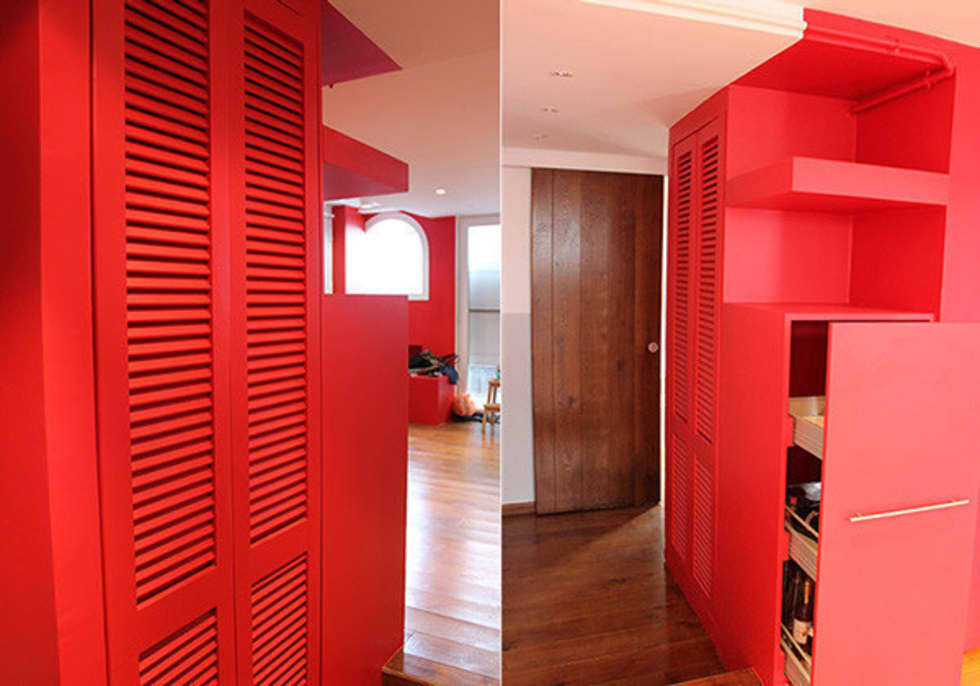 CUBE ROUGE rangements : Salon de style de style Moderne par monicacordova