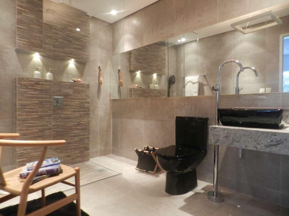 Banho Morar Mais: Banheiros modernos por Carla Patrícia Saad Arquitetura