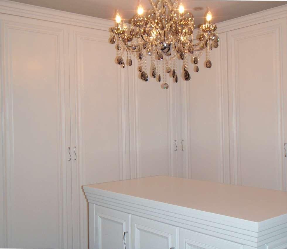 оформление гардеробной зоны: Гардеробные в . Автор – Территория Дизайна