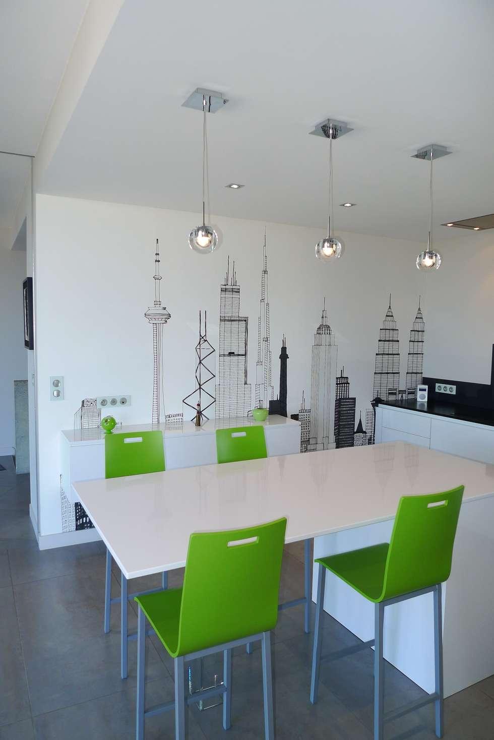 Villa C.: Cuisine de style de style Moderne par RB CONCEPT