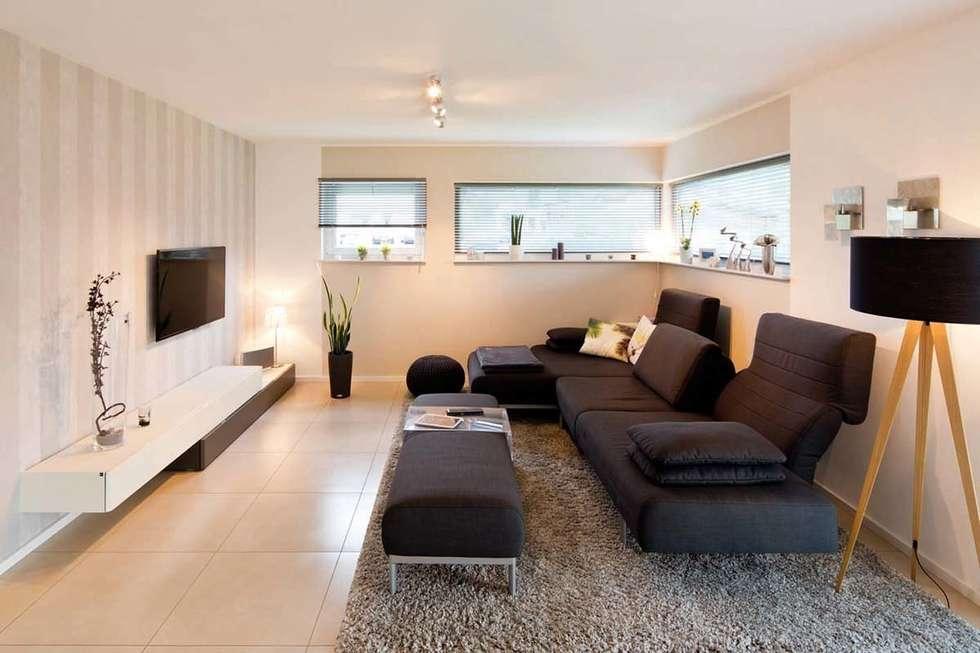 Salas de estilo moderno por FingerHaus GmbH